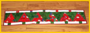 Christmas Tree Table Runner Patchwork erster Versuch Weihnachten Tischläufer Weihnachtsbäume Zum Nähen in den Keller
